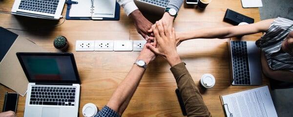 Estunt-samenwerken kopen? Estunt | Refurbished, Tweedehands, Gebruikt